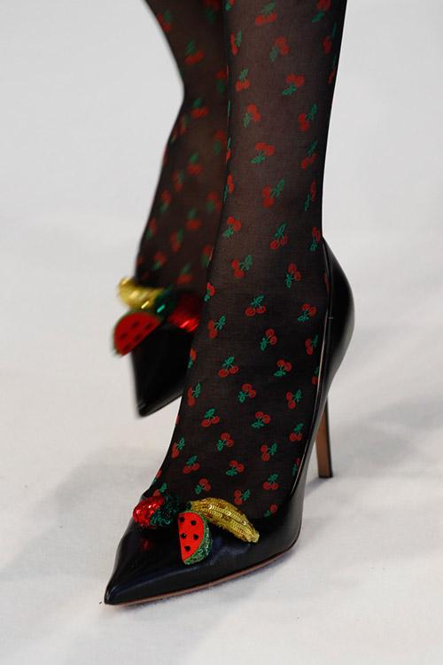Взуття весна для жінок.   12 Чи не високі тонкі підбори. Весняна ... 0633f4810d1ae