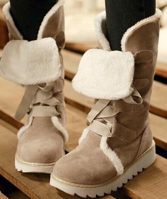 e32fad81908d32 Нижче на фото зимові жіночі черевики представлені у всьому своєму  розмаїтті, тут простежуються всі модні тенденції прийдешнього сезону: