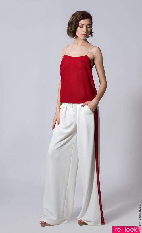 Найвдаліший комплект для жінок з корпулентний фігурою - це штани з  лампасами 347857f5ad5a1