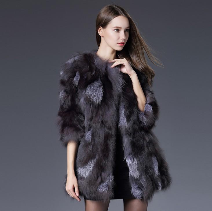 a829b3bd Selv mange fagfolk er ikke i stand til å etablere en naturlig kilde til  pelse. Kaninpels er veldig myk og kan ha en brun, hvit eller grå nyanse.