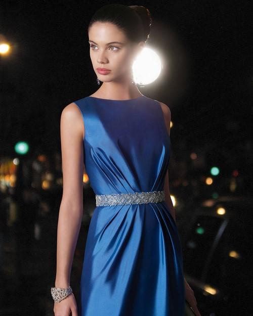 Актуальними будуть модні новорічні сукні в короткому варіанті з  низом-футляр. Такий фасон сукні на Новий рік залишається актуальним вже  багато років. e72882b39afff
